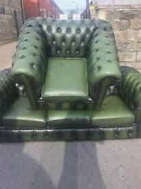 LOVELY GREEN CHESTERFIELD 3 SEATER AND 1 ARMCHAIR