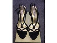 Ladies Black Sandal Size 6