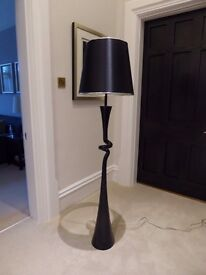 Large standing lamp - black gloss painted finish - very good condition