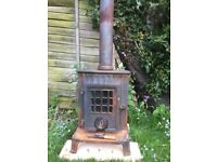 Wood burner - Antique Coalbrookdale Little Wenlock in good useable condition, needs clean and polish