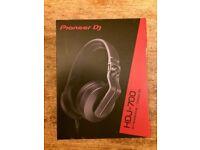 Pioneer HDJ 700 Headphones