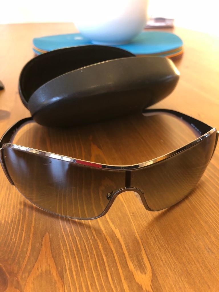 4164c3bd6f5 ... shop prada ladies sunglasses 100 genuine. like new b747b 1bb3a