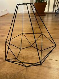 Wire lamp shade