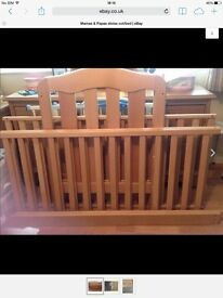 Mama's and Papa's bed cot