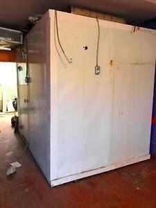 Ensemble de Panneaux Complet pour Congélateur (Avec Plancher) 10' x 8' Complete Panel Assembly For Freezer (With Floor)