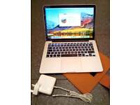Retina Apple MacBook Pro 13 2015 2.7ghz 8GB 128GB Flash