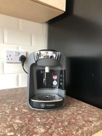 Tassimo drinks maker with extras