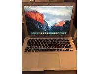 "Apple MacBook Air 13.3"" 2015 256GB SSD 8GB Ram 1.6Ghz intel Core i5"
