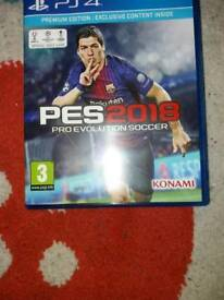 PS4 GAME PES 2018