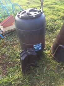 2 water butts (210l and 230l)