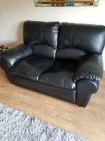 Leather 2 and 3 seater settee Black