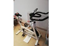 Exercise bike Ju, spinner style with magnetic resistance