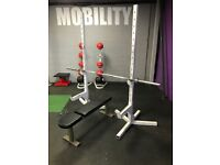 Squat stands, bench & olympic bar - gym equipment