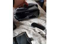 Samsung galaxy s6 gold and vr headset