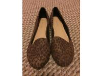 New Look Size 8 leopard print shoes
