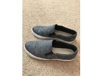 Clark's ladies loafers size 5