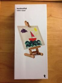 35cm wooden table easel boxed and unopened