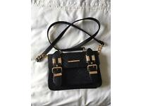 Top shop shoulder bag