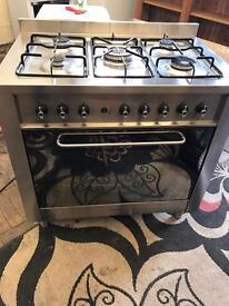 Gas indesit range cooker