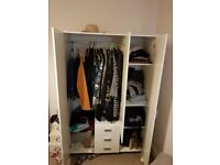 Set of bedroom furniture in white, excellent condition. Unique opportunity! pick up only