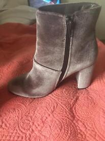 New Look Heeled Silver/Purple Boots UK 5