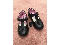 New Girls leather coated shoes Size 7