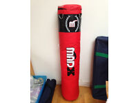 Brand New MadX 5 foot heavy duty swivel punch bag weight 25kg can be filled to 70kg.