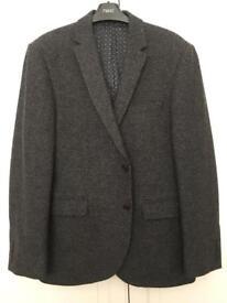 Men's grey blazer
