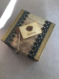 BEAUTIFUL WOODEN JEWELLERY / MONEY BOX - NEW / UNUSED ONLY - £10