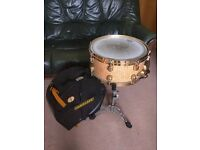 TAMA 6.5 x 14 Starclassic Snare Drum Quilted Maple with Gold Plated Hardware + stand and case