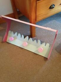 Shelf and hanging hook unit £20