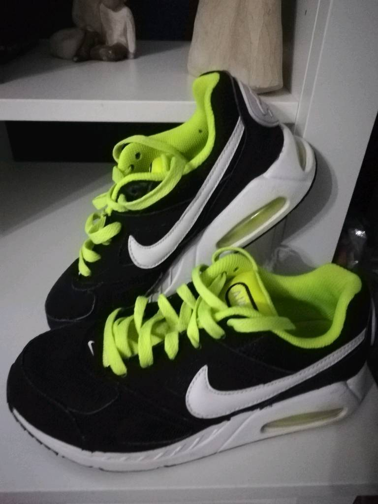 Boys Nike Shoes Size 3 Nike Running Shoes