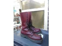 16 HOLE DOC MARTINS NEW OX BLOOD