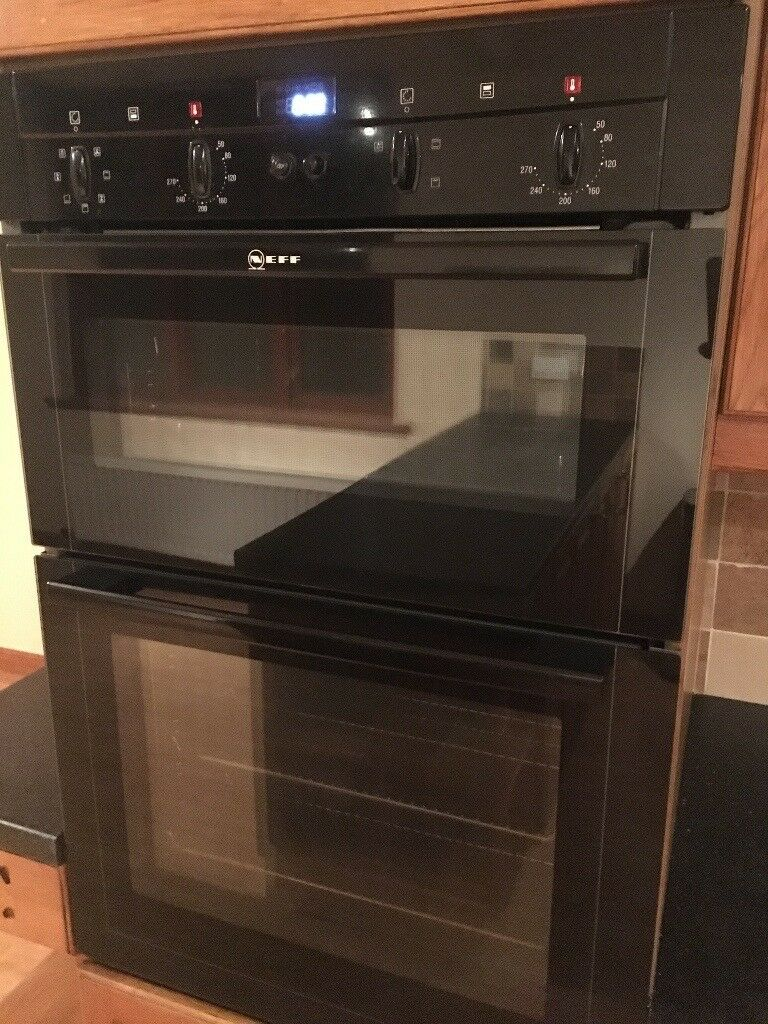 Neff double electric oven, Neff gas hob, Neff cooker extractor.