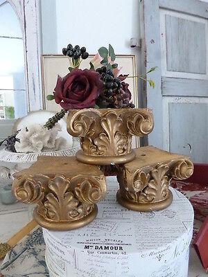 Antikes KAPITELL Holz geschnitzt um 1900