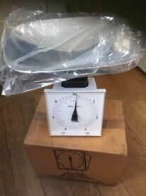 Kenwood Catering scale unused still boxed up to 7 kg. Waymaster. Stainless steel tray. White base.