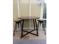 Urban Chic Round Dining Table
