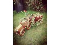 Wicker flowerbed - Tractor with wagon