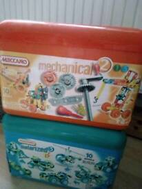 2 boxes of meccano