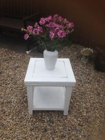 Shabby chic occasional table