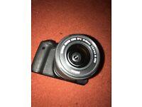 Canon EOS 750D w/ Kit Lens + Tripod + 32GB SD Card + SD Card Reader