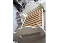 King size shabby chic/French bed