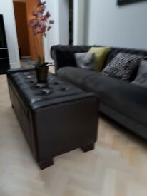 Coffee Table / Storage Unit / Seat