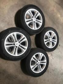 Nissan alloys and tyres