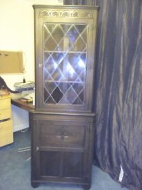 Tall corner Unit in good condition