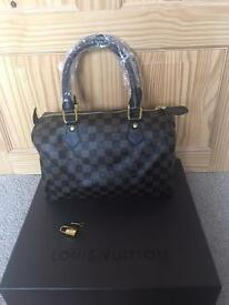 Louis Vuitton Brown Chequered Speedy 30 bag with a key and padlock for sale