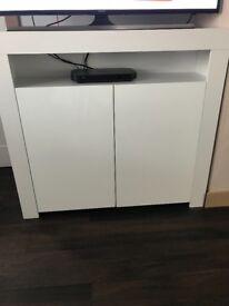 Tv unit/Side board