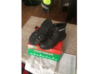 Safety Boots size8