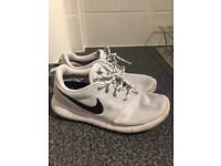 Ladies Nike Roshe Run trainers
