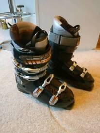 Head S9 Ski Boots size 10